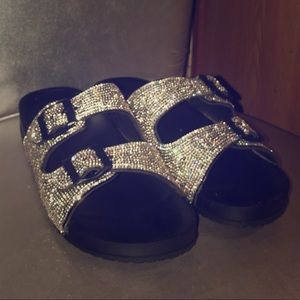 Shoes - The wow 😮 factor Diamond Slides